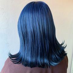 ツヤ髪 ネイビーブルー ブリーチ ブルーアッシュ ヘアスタイルや髪型の写真・画像