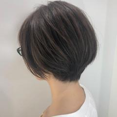 ショートヘア 大人可愛い ナチュラル ショート ヘアスタイルや髪型の写真・画像
