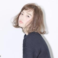 アッシュ グラデーションカラー ゆるふわ ガーリー ヘアスタイルや髪型の写真・画像