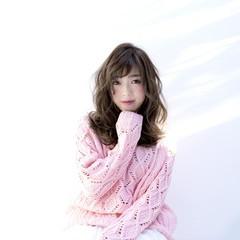 フェミニン 小顔 外国人風 大人女子 ヘアスタイルや髪型の写真・画像