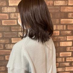 透明感 ラベンダーアッシュ ナチュラル 大人ミディアム ヘアスタイルや髪型の写真・画像