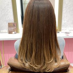 インナーカラー 艶髪 可愛い アッシュベージュ ヘアスタイルや髪型の写真・画像