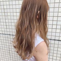 エレガント ロング 大人ハイライト ハイトーンカラー ヘアスタイルや髪型の写真・画像
