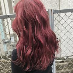 ヘアアレンジ ピンク ロング 赤髪 ヘアスタイルや髪型の写真・画像