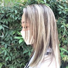 ハイトーンカラー ナチュラル ユニコーンカラー バレイヤージュ ヘアスタイルや髪型の写真・画像