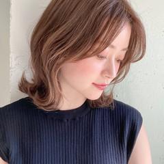デート デジタルパーマ アンニュイほつれヘア ミディアム ヘアスタイルや髪型の写真・画像