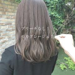 セミロング グレージュ ミルクティーベージュ ベージュ ヘアスタイルや髪型の写真・画像