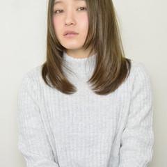 フェミニン 小顔 ナチュラル 大人かわいい ヘアスタイルや髪型の写真・画像