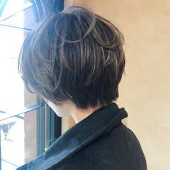 小顔 ハイライト ショートボブ ナチュラル ヘアスタイルや髪型の写真・画像
