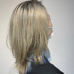 極細ハイライト ホワイトカラー ブルー 大人ハイライト ヘアスタイルや髪型の写真・画像