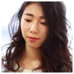 パーマ 外国人風 暗髪 大人かわいい ヘアスタイルや髪型の写真・画像