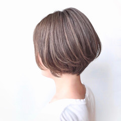 大人かわいい 美シルエット 抜け感 ヌーディベージュ ヘアスタイルや髪型の写真・画像