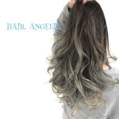 ロング グレージュ エレガント グラデーションカラー ヘアスタイルや髪型の写真・画像