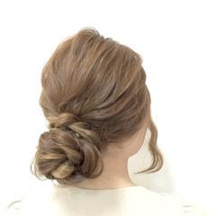 ロング フェミニン ヘアアレンジ 編み込み ヘアスタイルや髪型の写真・画像