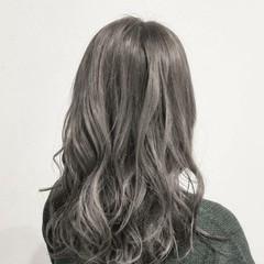 透明感 ロング アッシュ ハイトーン ヘアスタイルや髪型の写真・画像