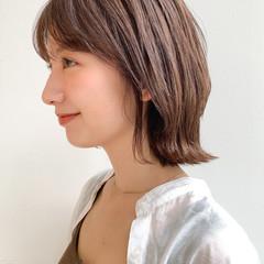 ミニボブ 小顔ヘア ミディアム ナチュラル ヘアスタイルや髪型の写真・画像
