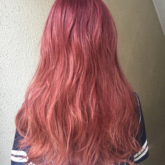 個性的 外国人風カラー ロング フェミニン ヘアスタイルや髪型の写真・画像