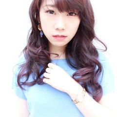 巻き髪 フェミニン ロング グラデーションカラー ヘアスタイルや髪型の写真・画像