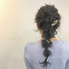フェミニン 簡単ヘアアレンジ ロング オフィス ヘアスタイルや髪型の写真・画像
