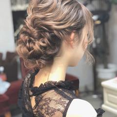 上品 結婚式 シニヨン エレガント ヘアスタイルや髪型の写真・画像