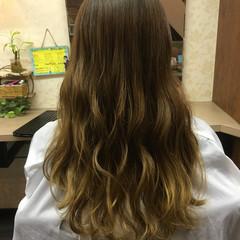 フェミニン アッシュ ガーリー ゆるふわ ヘアスタイルや髪型の写真・画像