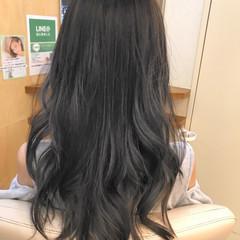 ブルージュ フェミニン ロング アッシュ ヘアスタイルや髪型の写真・画像