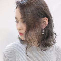 フェミニン 髪質改善カラー 髪質改善 ブリーチカラー ヘアスタイルや髪型の写真・画像