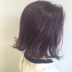 ラベンダーアッシュ ボブ 切りっぱなし ラベンダーピンク ヘアスタイルや髪型の写真・画像