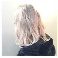 ロブ ストリート ブリーチ ハイトーン ヘアスタイルや髪型の写真・画像