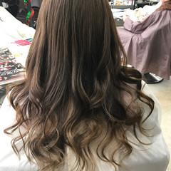 グラデーションカラー ロング 外国人風 ナチュラル ヘアスタイルや髪型の写真・画像
