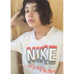 外国人風 黒髪 アッシュ パーマ ヘアスタイルや髪型の写真・画像