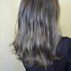 ハイライト バレイヤージュ グラデーションカラー フェミニン ヘアスタイルや髪型の写真・画像
