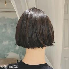 ミニボブ 切りっぱなしボブ デート 黒髪 ヘアスタイルや髪型の写真・画像