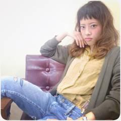 セミロング 外国人風 グラデーションカラー ストリート ヘアスタイルや髪型の写真・画像