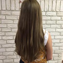 ガーリー ロング エクステ カーキ ヘアスタイルや髪型の写真・画像