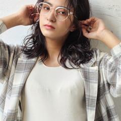 ミルクティーベージュ 透明感カラー フェミニン ロング ヘアスタイルや髪型の写真・画像