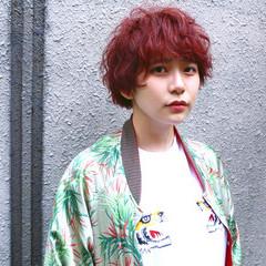 ストリート パーマ マッシュ ピンク ヘアスタイルや髪型の写真・画像