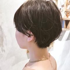 ショートボブ ナチュラル ショートヘア 大人かわいい ヘアスタイルや髪型の写真・画像