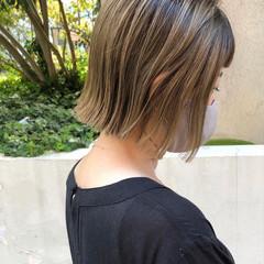 ストリート ハイライト 切りっぱなしボブ ハイトーンカラー ヘアスタイルや髪型の写真・画像