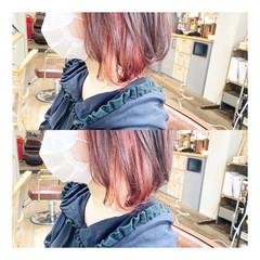 レッドカラー アプリコットオレンジ オレンジベージュ ボブ ヘアスタイルや髪型の写真・画像