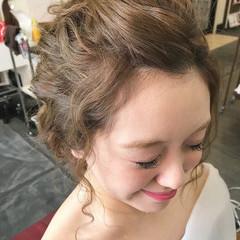 結婚式 編み込み ヘアアレンジ ミルクティーベージュ ヘアスタイルや髪型の写真・画像