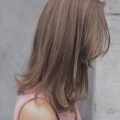 リラックス デート ナチュラル ハイライト ヘアスタイルや髪型の写真・画像
