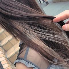 ロング ガーリー 透明感 イルミナカラー ヘアスタイルや髪型の写真・画像
