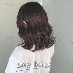 グレージュ 暗髪女子 切りっぱなしボブ 暗髪 ヘアスタイルや髪型の写真・画像