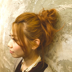 大人かわいい お団子 簡単ヘアアレンジ セミロング ヘアスタイルや髪型の写真・画像