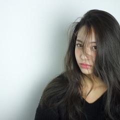 モード ロング かき上げ前髪 ヘアスタイルや髪型の写真・画像