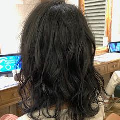 セミロング アッシュ ブリーチなし グレーアッシュ ヘアスタイルや髪型の写真・画像