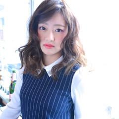 外国人風 グラデーションカラー ナチュラル パーマ ヘアスタイルや髪型の写真・画像