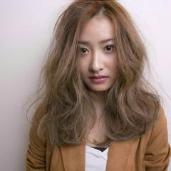 外国人風 ゆるふわ ストリート ナチュラル ヘアスタイルや髪型の写真・画像