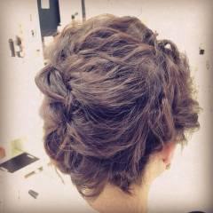 波ウェーブ 編み込み ナチュラル まとめ髪 ヘアスタイルや髪型の写真・画像